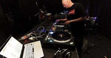 DJ Raw Land подгряващ изпълнител